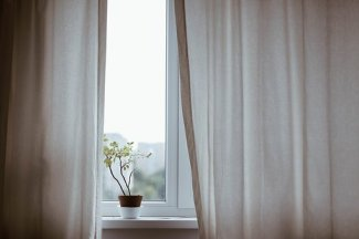curtains-1854110__340
